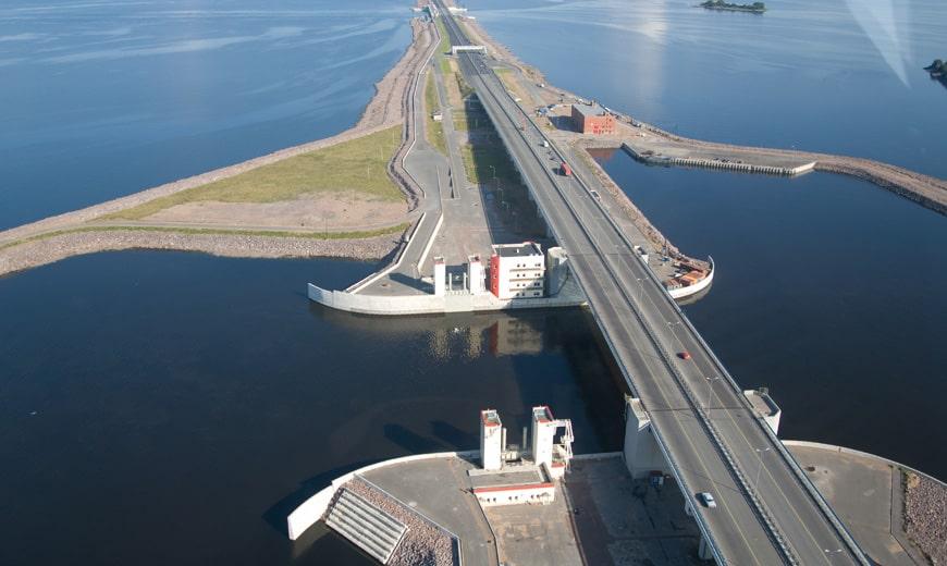 expressway-over-the-saint-petersburg-flo